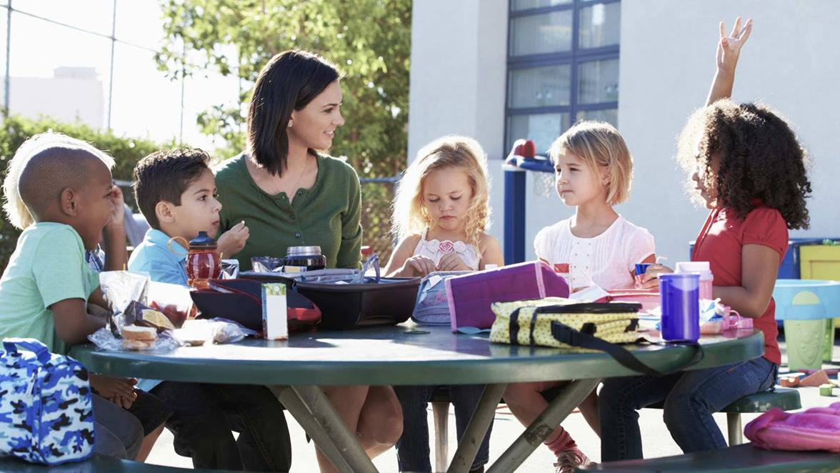 Practical Tips to Make Your Shopping Trip a Math Tutor for Your Child