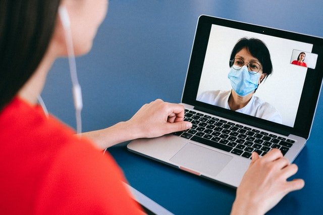 What are the benefits of studying online nursing?