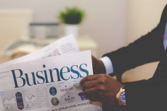 BUSINESS ESSAY TOPICS